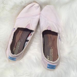 Light Pink Toms